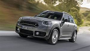 Mini Countryman S : mini countryman review cooper s hybrid driven top gear ~ Melissatoandfro.com Idées de Décoration