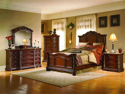 White Wash Finish Classic 5pc Bedroom Set W/marble Tops