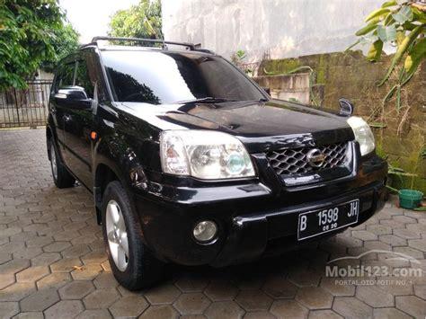 jual mobil nissan x trail 2005 st 2 5 di banten automatic suv hitam rp 95 000 000 3696221
