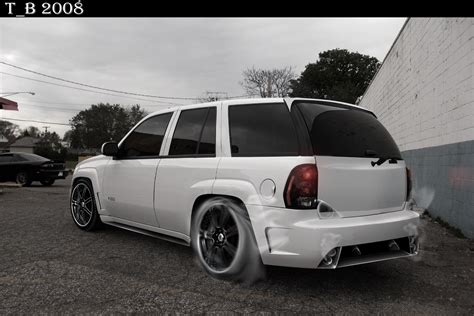 Modified Chevrolet Trailblazer Ss Cars Pictures