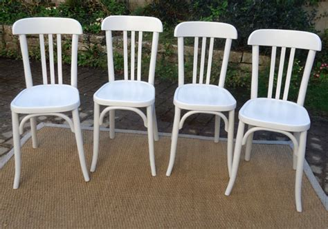 chaise de bistrot blanche chaise bistrot bois blanc
