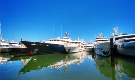 Address Of Palm Beach Boat Show by Who Is Ready For The Palm Beach International Boat Show