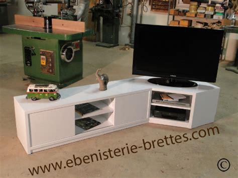 meuble tele d angle design meuble de t 233 l 233 vision d angle blanc brillant design avec rangements livr 233 224 nantes en r 233 gion pays