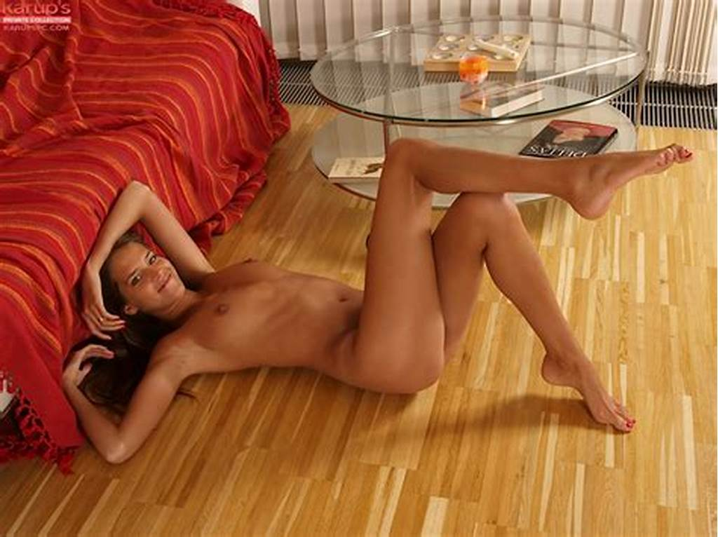 #Nude #Amateur #Silvie #Deluxe #Showcasing #Her #Bare #Feet #And