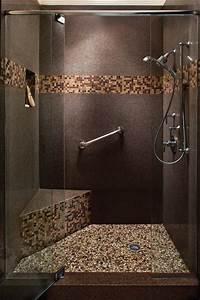 le carrelage galet pratique revetement pour la salle de bain With photo salle de bain mosaique
