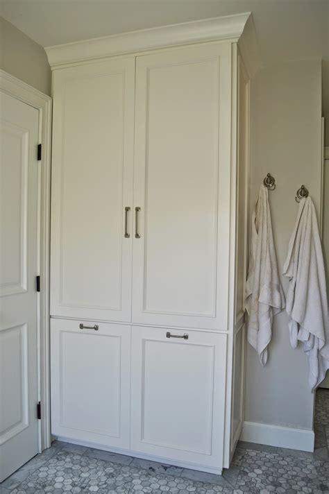 cape  ranch renovation master bathroom