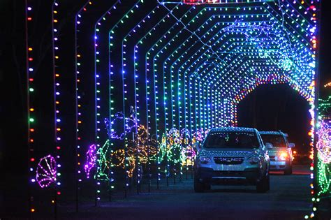 good christmas lights in the east valley 2018 here s where to see lights in ta bay