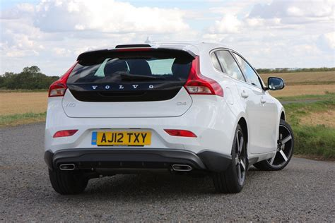 volvo hatchback volvo v40 hatchback review 2012 parkers