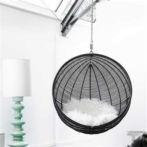 chaise suspendue jardin fauteuil suspendu design cocoon noir pour ma deci de