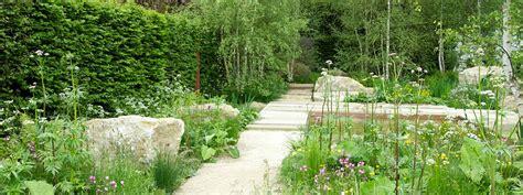 garden design trends interplanting  plant communities