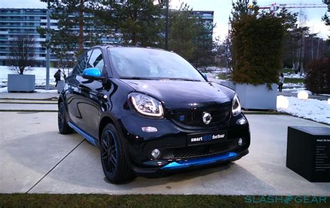 smart eq forfour smart eq fortwo forfour lead mercedes s electric