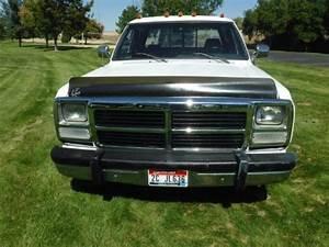 1993 Dodge Ram 3500 Ext Cab - 5-speed Manual