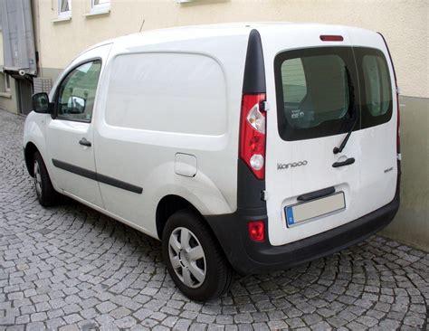 siege auto vehicule utilitaire louer un véhicule utilitaire rentacar réunion