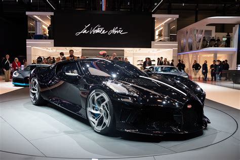 There is a video of man and machine man v/s machine !in this , a soccer star , im the biggest fan of that person cristiano ronaldo cr7 and a car. Cristiano Ronaldo Adds McLaren Senna To His £16 Million Car Collection - SPORTbible