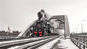China's Silk Road Gets Russian High Speed Choo-Choo Train