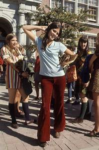 College Look Style : these high school gals from the 1960s would still look great today bored panda ~ Orissabook.com Haus und Dekorationen