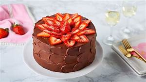Pastel de Chocolate y Fresas - YouTube