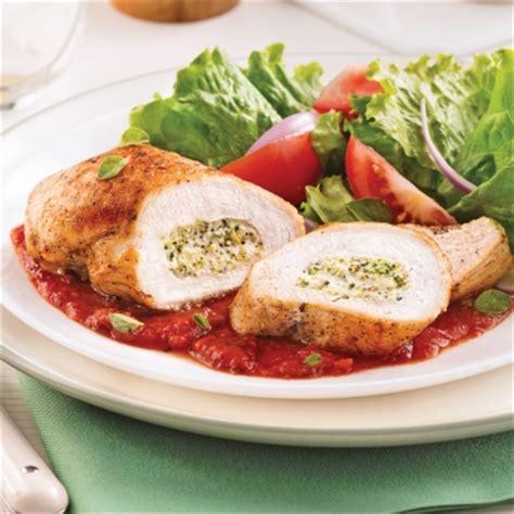 cuisiner le brocolis frais poitrines de poulet farcies au brocoli et fromage à la
