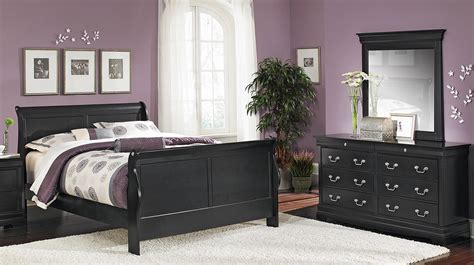 Decorating Ideas To Make Bedroom Look Bigger by 6 Decor Tips To Make A Small Bedroom Look Bigger