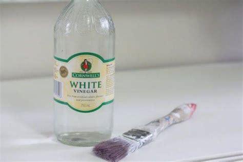 nettoyer les toilettes avec du vinaigre blanc 10 astuces 233 tonnantes avec du vinaigre blanc que personne ne conna 238 t