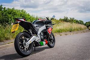 Aprilia Rs4 125 : four aprilias tested in one morning visordown ~ Medecine-chirurgie-esthetiques.com Avis de Voitures