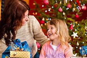 Weihnachtsgeschenk Für Mutter : weihnachtsgeschenke f r die mutter gro mutter schwiegermutter ~ Frokenaadalensverden.com Haus und Dekorationen