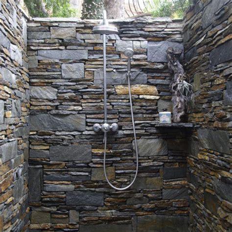 outdoor showers  breakwater design build