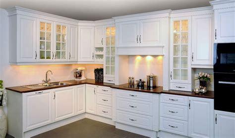modele tendance d armoire de cuisine construire ma maison