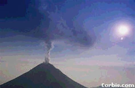 Vulkāni.