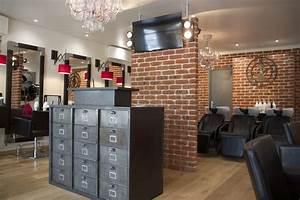 Style Industriel Salon : am nagement d 39 un salon de coiffure style industriel ~ Teatrodelosmanantiales.com Idées de Décoration