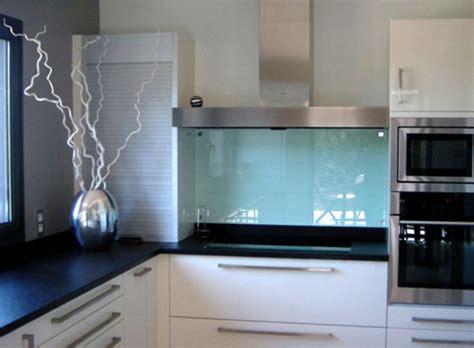 credence de cuisine en verre crédences mobilier stéphanie lebreton réalisation sur verre