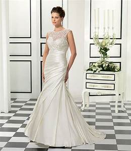 The perfect wedding dress for each body type eddy k for Wedding dresses for petite small bust