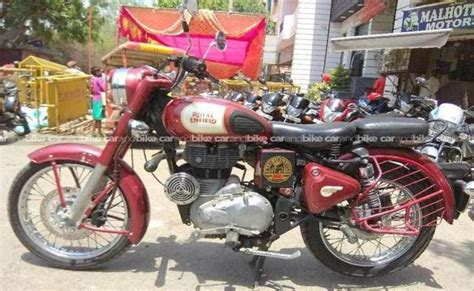 The royal enfield classic 350 s has been launched at ₹ 1.45 lakh, which makes it about ₹ 8,500 cheaper than the standard classic 350 new bike launches. Used Royal Enfield Classic 350 Bike in New Delhi 2015 model, India at Best Price, ID 10834