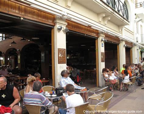 sieges bar a photo of montroig bar in sitges cafe on carrer 1 de maig