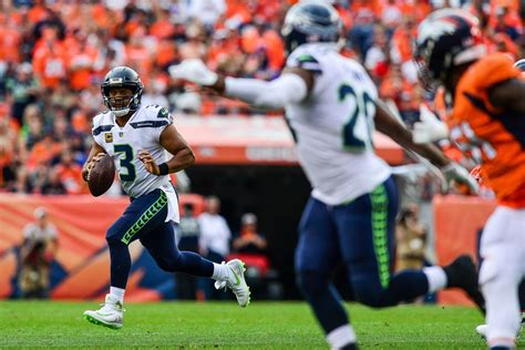 seahawks broncos  concerns  russell wilsons game