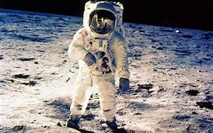 620x387px Astronaut in HQ resolution 16 #1472104552