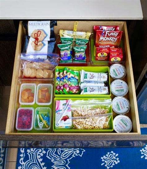 Healthy Snacks Desk Drawer by 25 Best Ideas About Healthy Snack Drawer On