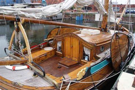 historic ouderhoek boat sinks in antwerp harbour