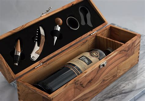 butcher block cutting board olive wood wine box with five gift set