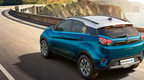 compact suv    selling electric car  india