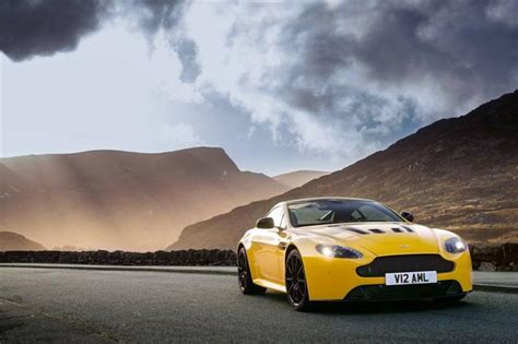 """2014 Exotic Car Buyers Guide """"cars Of The Year"""" Autofluence"""