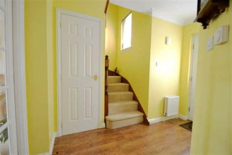 farbgestaltung flur ratschlaege und beispiele  gelb