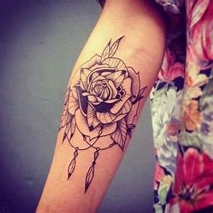 Tattoo Feder Unterarm : rosen feder tattoo am arm ~ Frokenaadalensverden.com Haus und Dekorationen