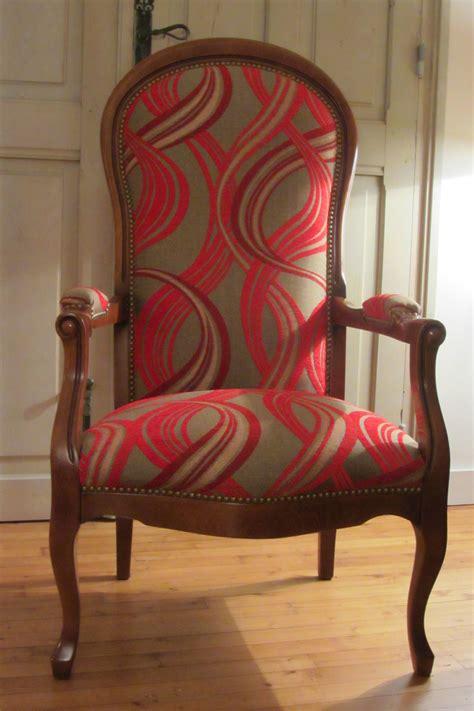 tissus pour chaise cuisine changer le tissu d un fauteuil tous les messages