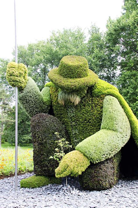 Epic Topiary Garden Art (Hedge Trimming)   Topiary, Plants