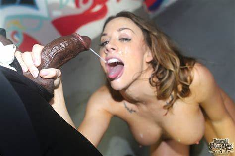 Check Out With A Glamourous Classy Pornstar Chanel Preston
