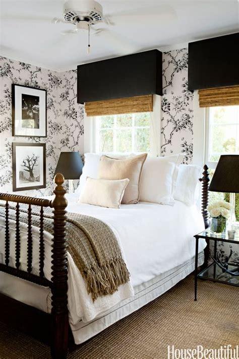 beautiful black  white bedroom ideas black