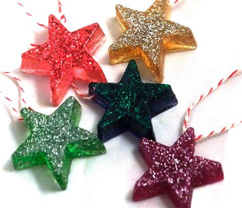 tutorial  resin star christmas tree ornaments dabbled