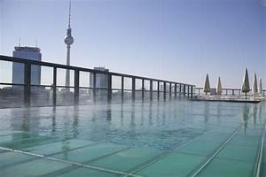Pools In Berlin : rooftop pool soho house berlin hotels pinterest soho pools and soho house berlin ~ Eleganceandgraceweddings.com Haus und Dekorationen