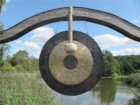 Bagno Di Gong Bagno Di Gong I Benefici Delle Vibrazioni Sonore Sul